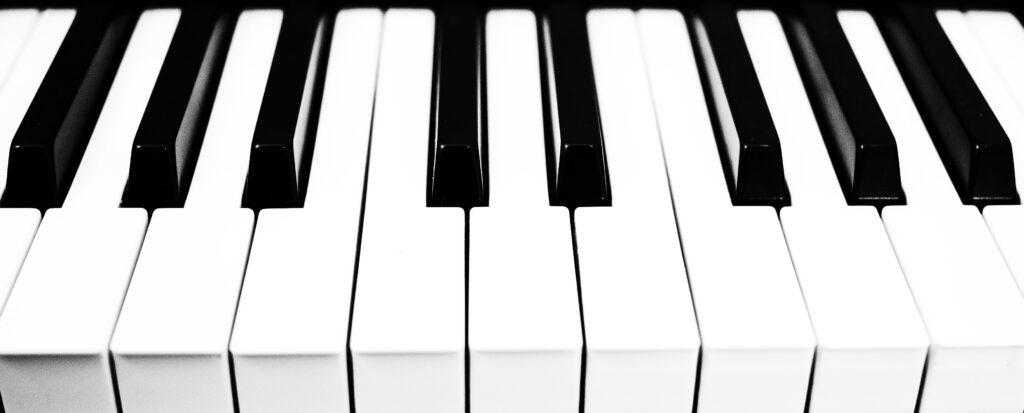 ピアノの白鍵とは?黒鍵とは?