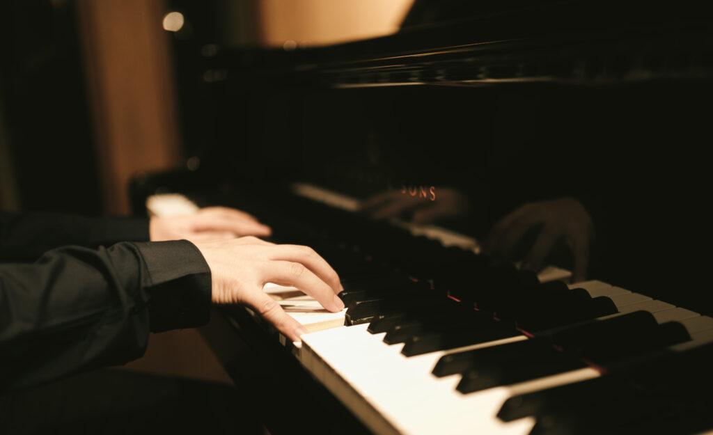 ピアノを弾いていて和音があまり綺麗に響かない時の対処法!コツを知れば和音は濁らずクリアになる!