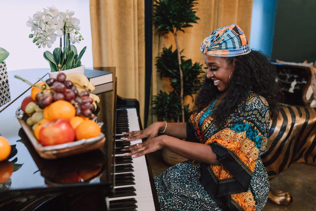【ピアノ初心者】練習が「面白くない」と思ってしまう原因と解決法!練習スランプを乗り越えるため、考え方や練習方法を変えてみるだけで面白みが変わってくる!